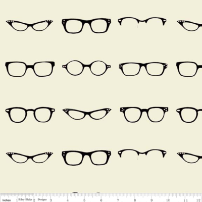 Geekly Chic – Glasses (Off-white)